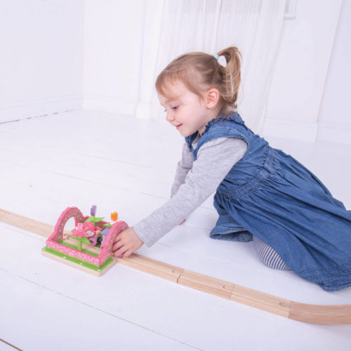 uitbreiding treinbaan touwbrug spelend kindje 2 Sassefras Meisjes Speelgoed