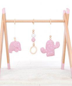 roze houten babygym Sassefras