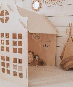 houten speelhuisje voor binnen van dichtbij Sassefras