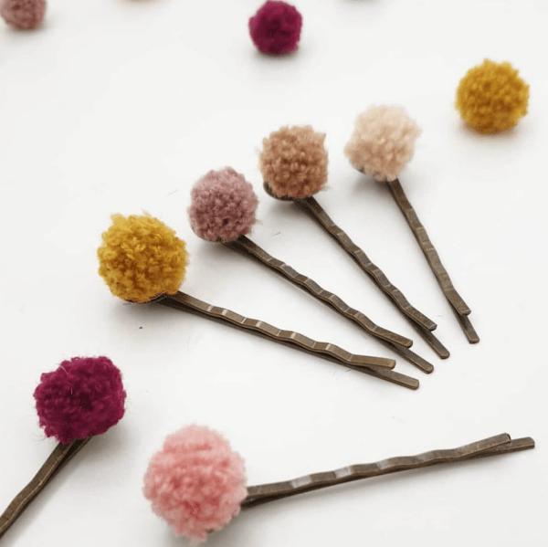 Sinterklaas cadeautje haarschuifjes met pompom