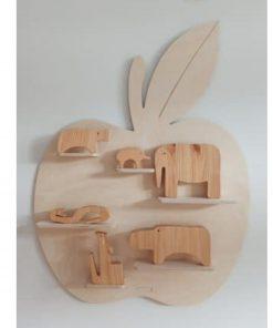 decoratief wandplankje in de vorm van een appel Sassefras