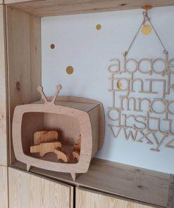multiplex kinderkastje in de vorm van een televisie Sassefras