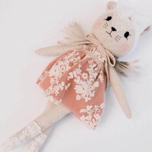 Wonderforest knuffel muis met jurk roest liggend Sassefras