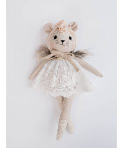 linnen knuffelpop muis met witte jurk Sassefras