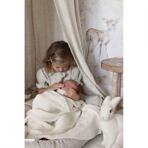 naturel baby hemeltje met meisje Sassefras