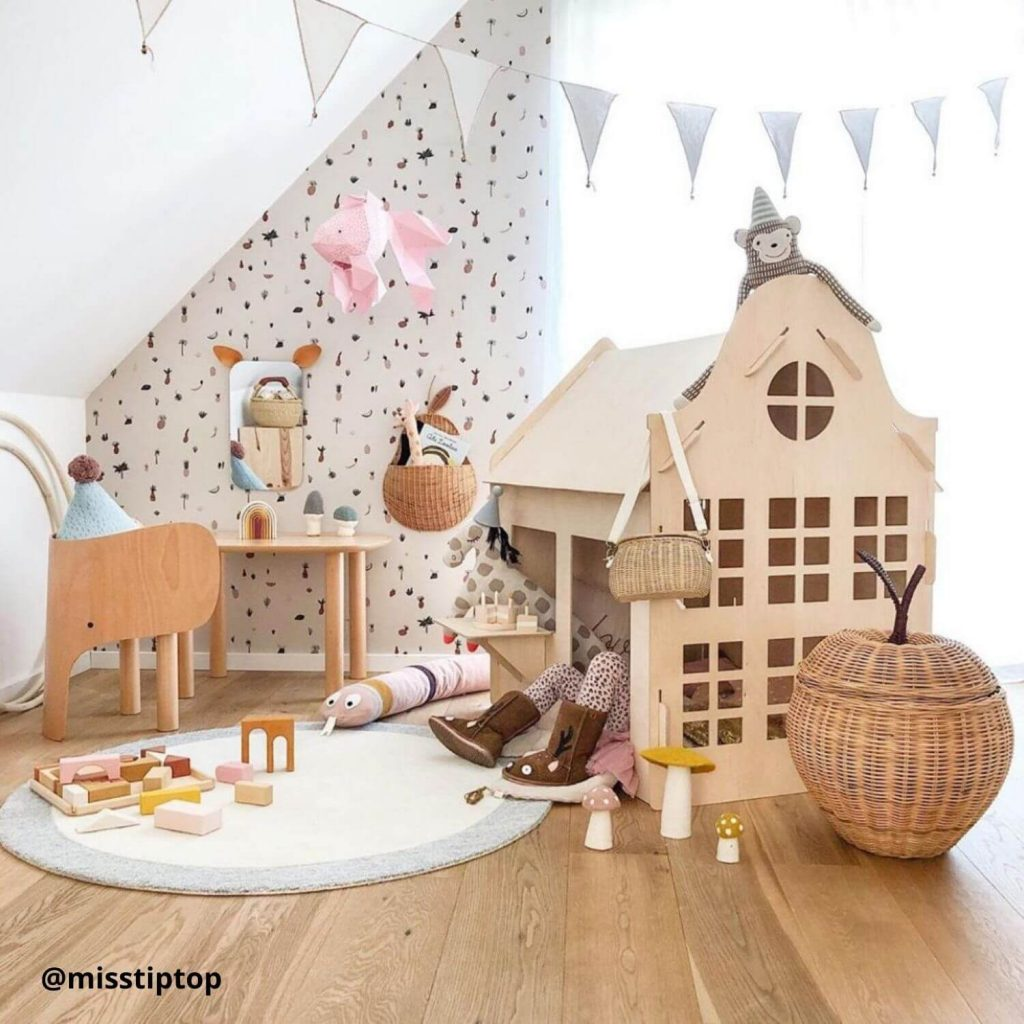 Speelhoekjes houten speelhuisje type klokgevel Sassefras