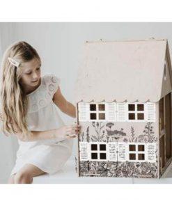 magical childhood poppenhuis zijkant Sassefras