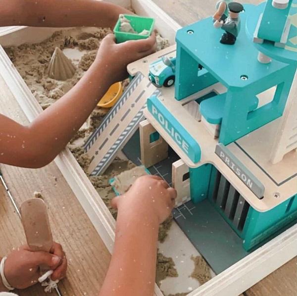 Houten speelbak zand
